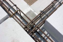 Монолитный армированный пояс в стене из пеноблоков