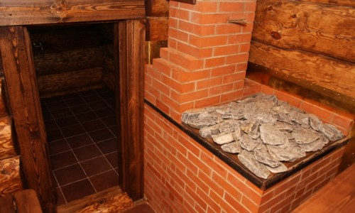 Кирпичная печь в бане